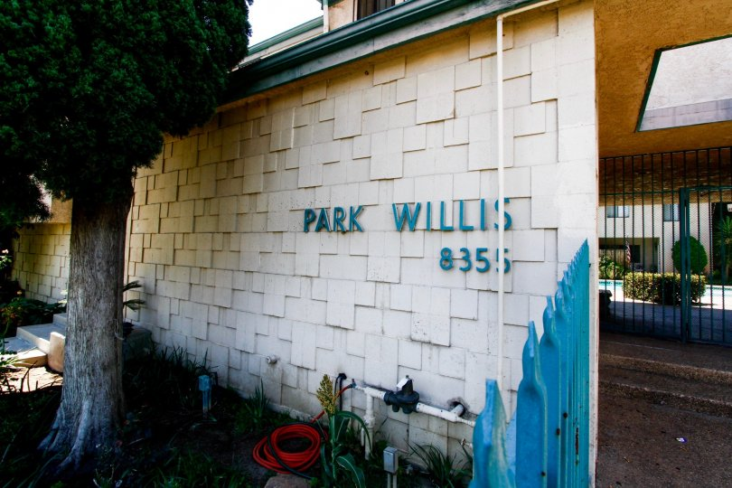 The name of Park Willis written on the building