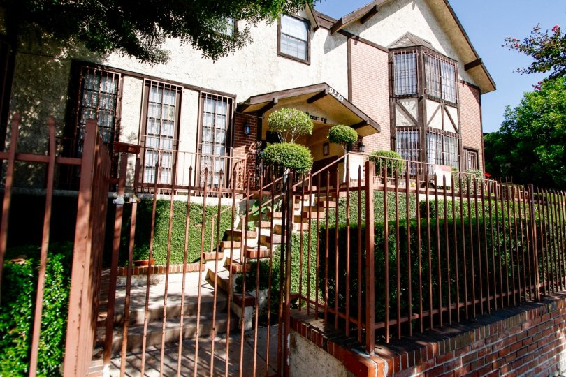 The entrance into Tobias Court in Panorama City California