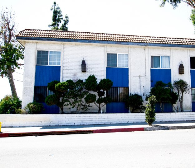 The Wakefield Gardens building in Panorama City California