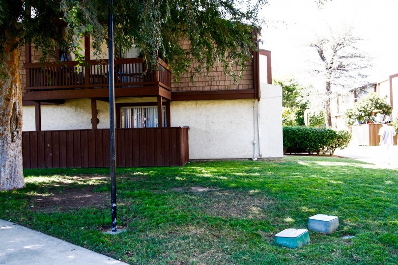 The yard in font of a building in Wakefield Park in Panorama City California