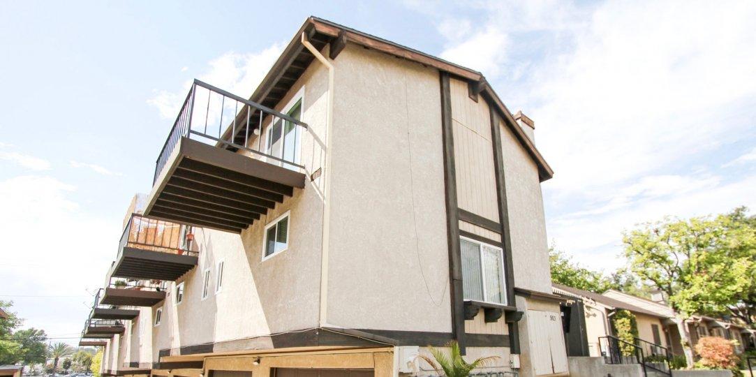 The balcony seen at 903 S Marengo Ave in Pasadena, California