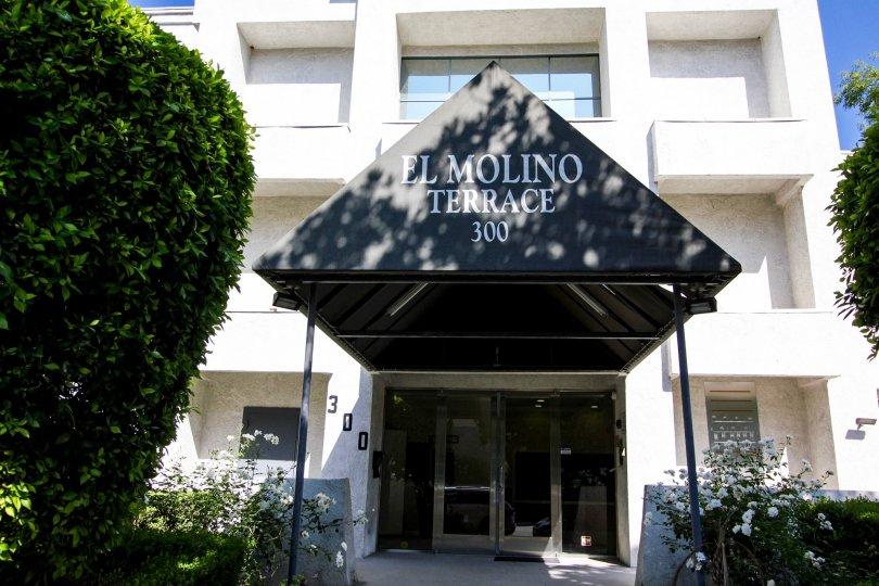 The entrance into El Molino Terrace in Pasadena, California