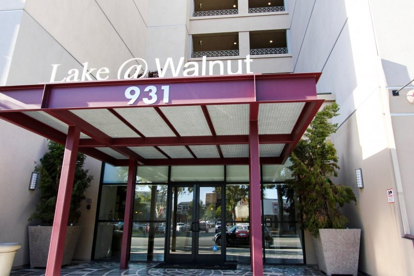 The address for Lake at Walnut in Pasadena, California
