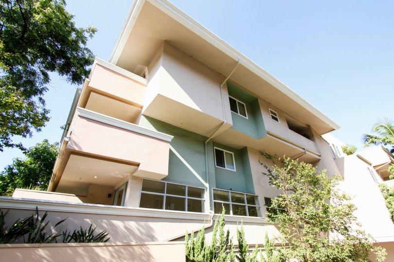 The view of Mentor Terrace in Pasadena, California