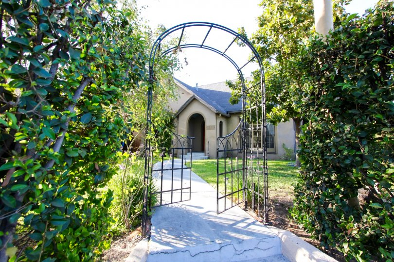 The archway at Orange Grove Terrace
