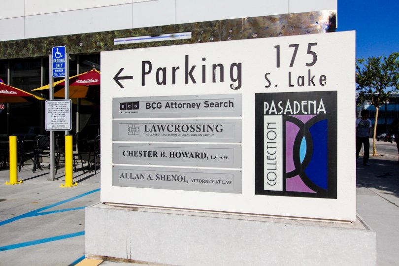 The sign for parking at Pasadena Collections East