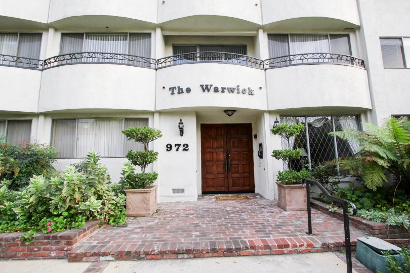 The entrance into The Warwick in Pasadena, California