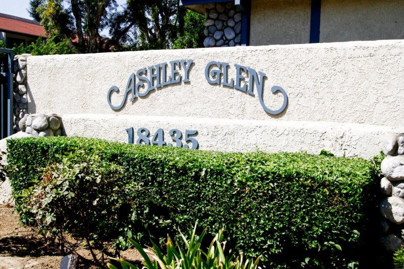 The welcoming sign into Ashely Glen in Reseda California