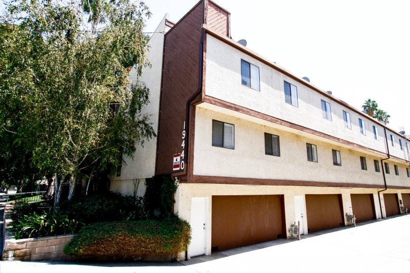 The Shirley East Townhomes building in Reseda California