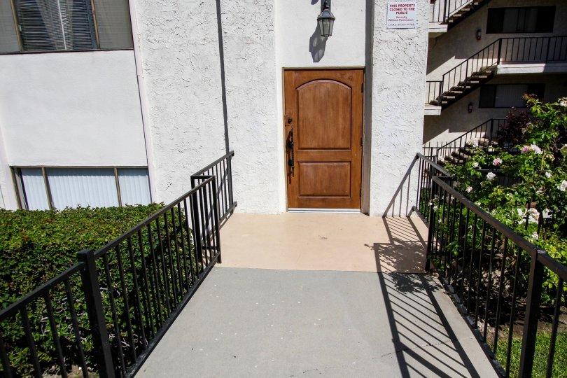 The entrance into Mar Vista