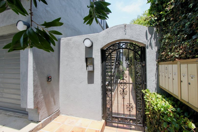 breathtaking view of the side gate to 1419 15th St. Santa Monica, california