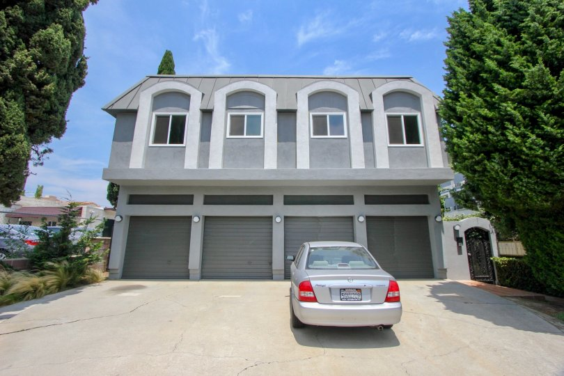 A two story home with 4 garages and 4 windows in sunny Santa monica.