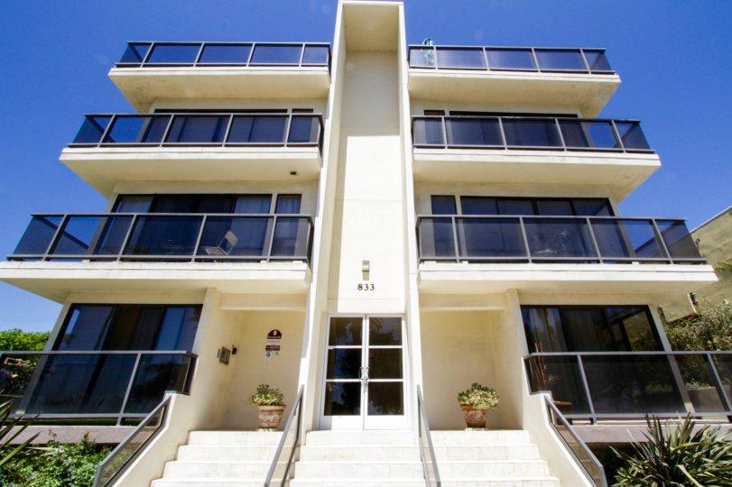 The balconies at 833 Ocean