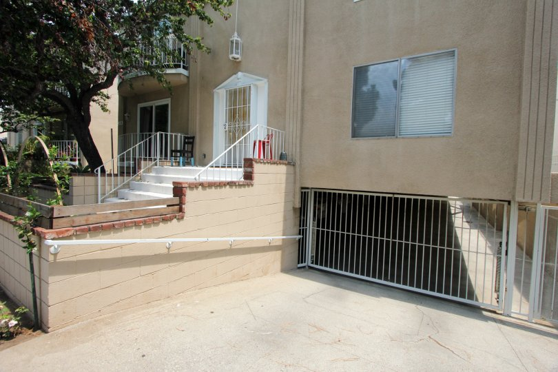 The front entry way to a home in Santa Monica California