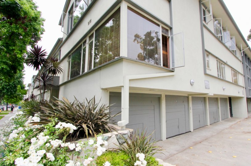 The very best homes and views of idaho Arms, Santa Monica