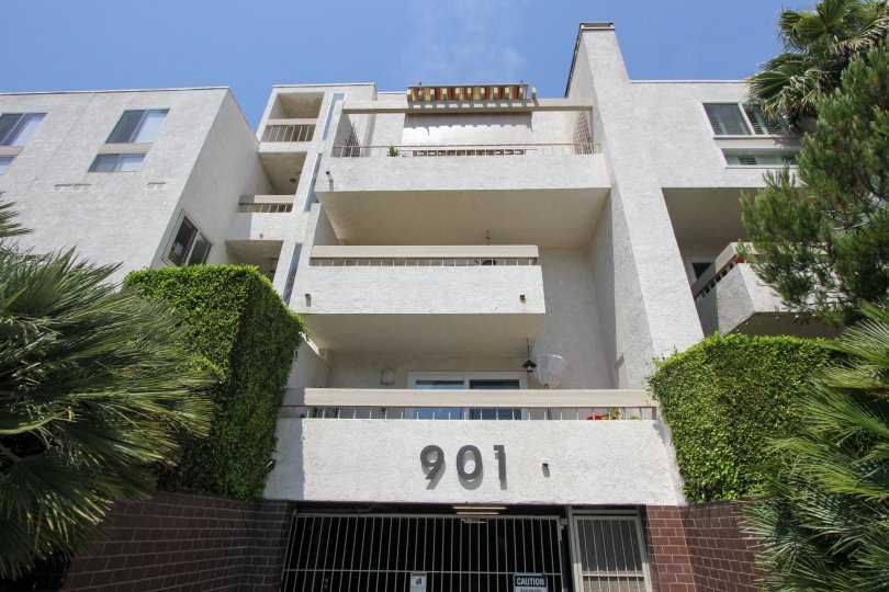 Apartment building 901 in Ocean Plaza in Santa Monica, California