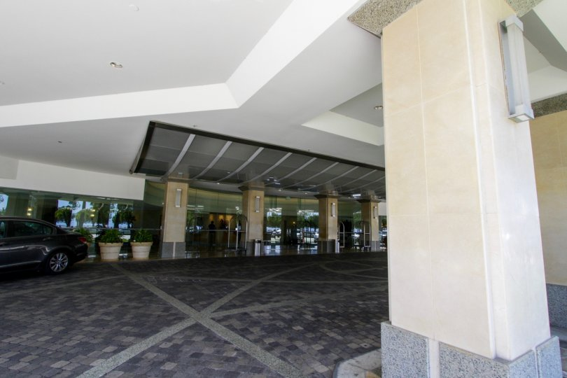 The entrance into Ocean Towers in Santa Monica