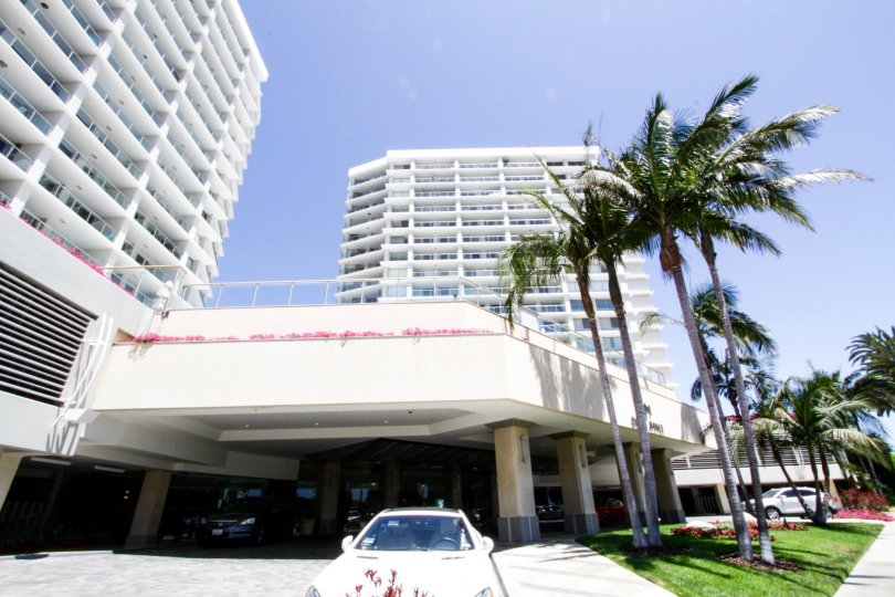 The valet parking option for Ocean Towers
