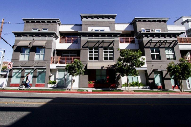 The sidewalk in front of Sailhouse Lofts in Santa Monica