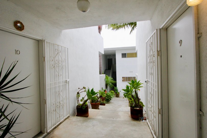 Entry way for housing in Strand IV located in Santa Monica, CA