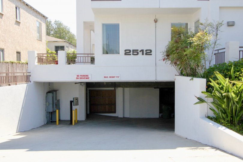 A crispyly white view of 2512 Sunset Park Villas, Santa Monica, California