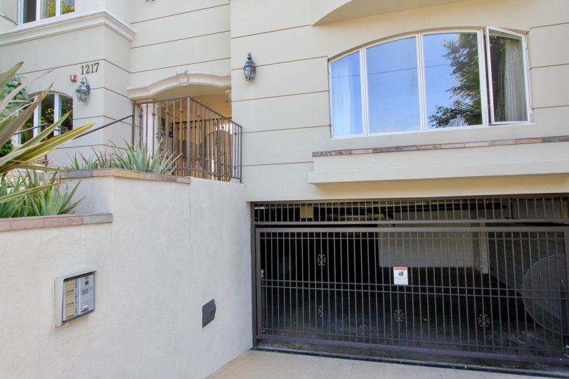 Front view of a modern residential apartment complex with underground parking in Santa Monica