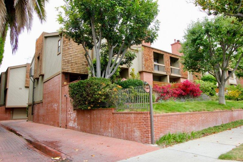 A quiet day in the Villas Vicente neighborhood condos.