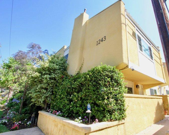 A stylish and modern house in Yale villas Santa Monica california