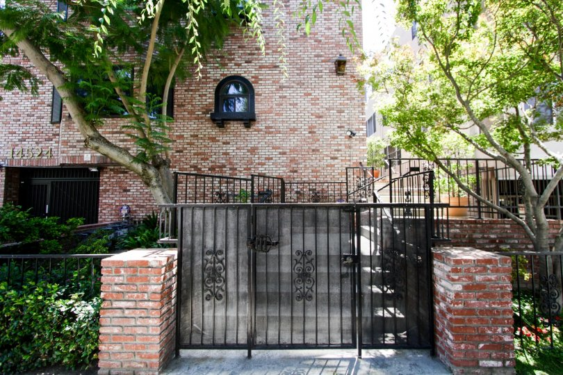 The gated entrance into 14524 Benefit St in Sherman Oaks