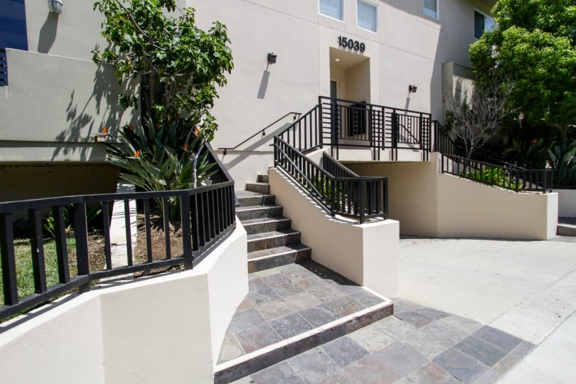The stairs to the entrance of 15039 Dickens St in Sherman Oaks