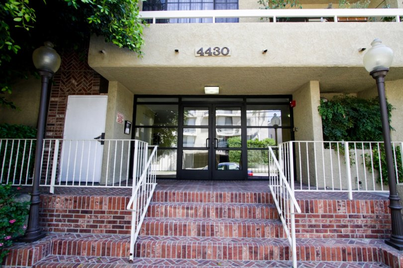 The entrance into 4430 Noble Ave in Sherman Oaks