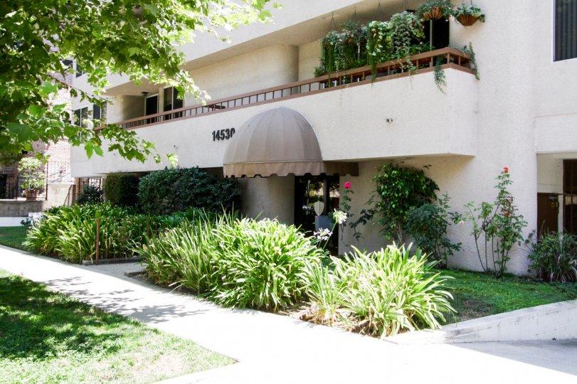 The entrance into Benefit Terrace in Sherman Oaks