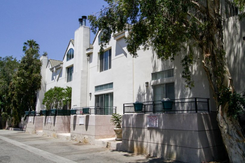 The Chelsea Court building in Sherman Oaks