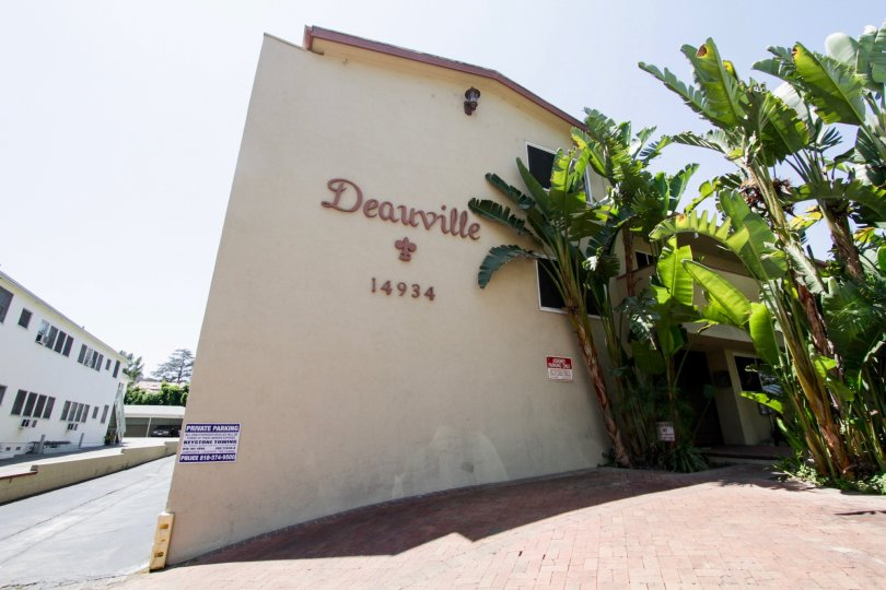 The address of the Deauville Maison in Sherman Oaks