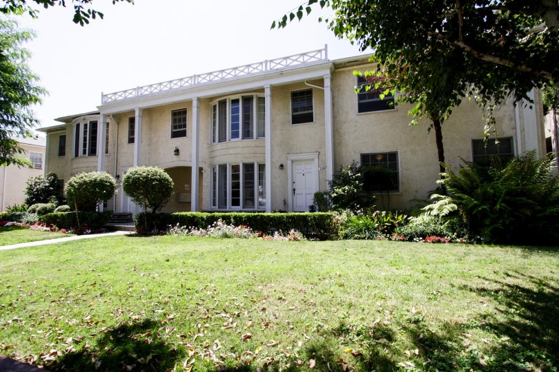 The building at Dickens Street Gardens in Sherman Oaks