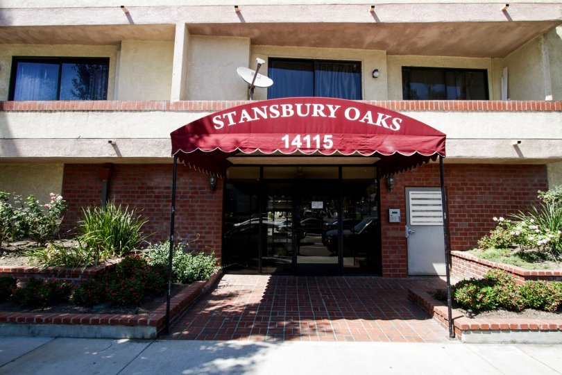 The entrance at Stansbury Oaks