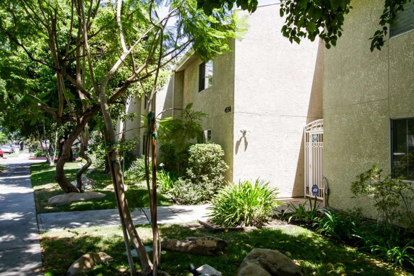 The Town & Country Townhomes in Sherman Oaks
