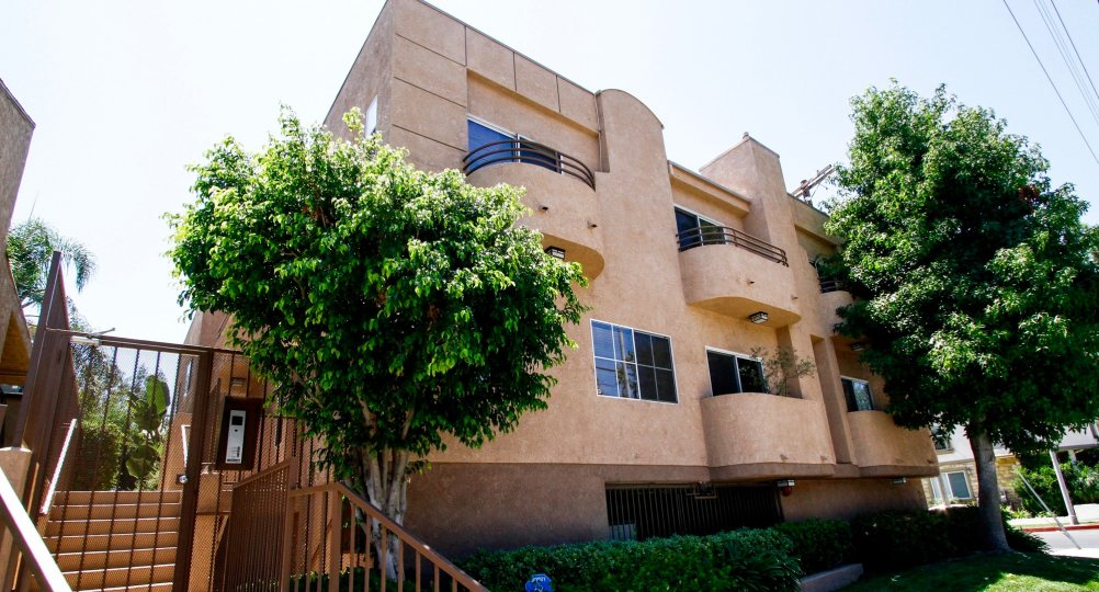 The balconies seen at 11524 Moorpark