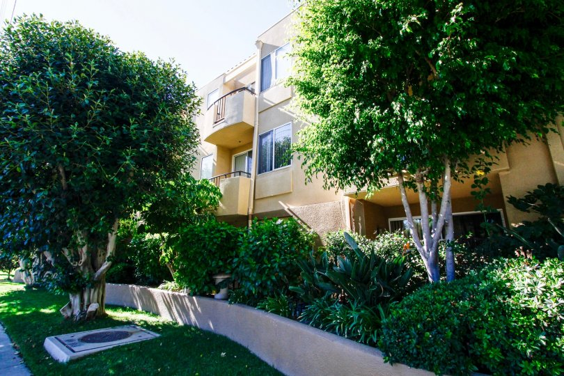 The balconies seen at 12633 Moorpark in Studio City