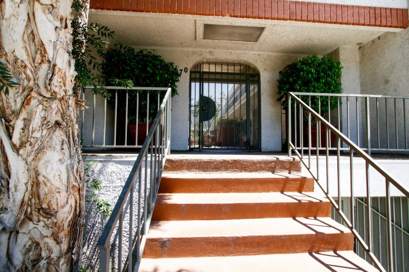 The entrance into 4370 Troost Ave in Studio City