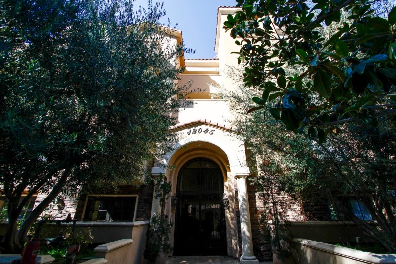 The entrance into the Hoffman Villas
