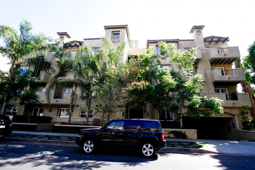 The Studio Villas South building in Studio City