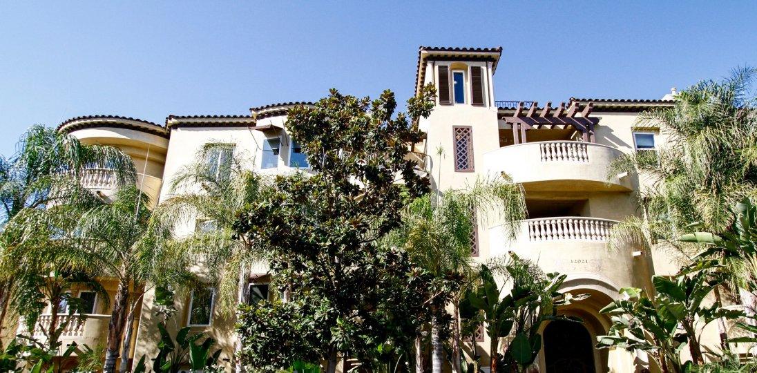 The landscaping around Studio Villas in Studio City