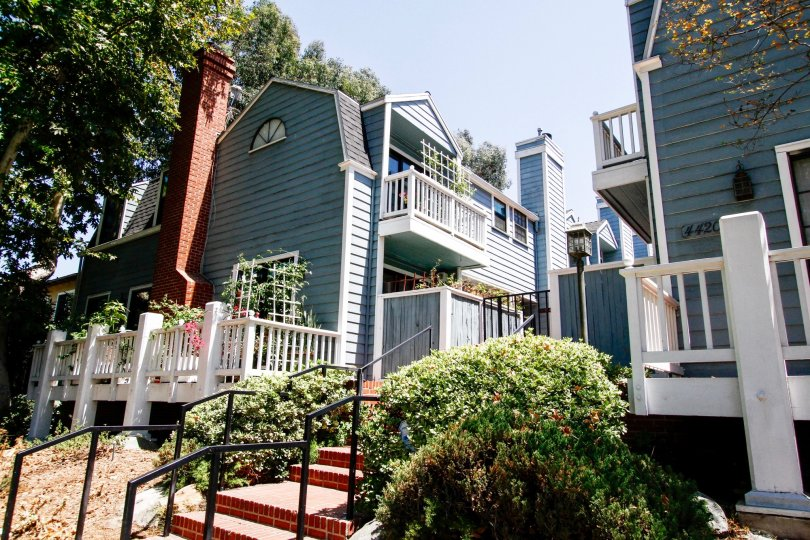 The balconies at Tujunga Townhomes in Studio City