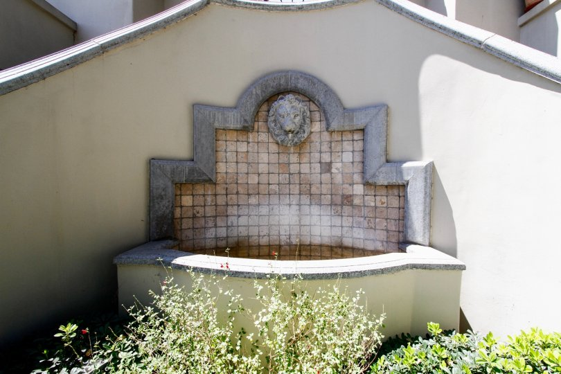 The fountain at the Villas at Colfax