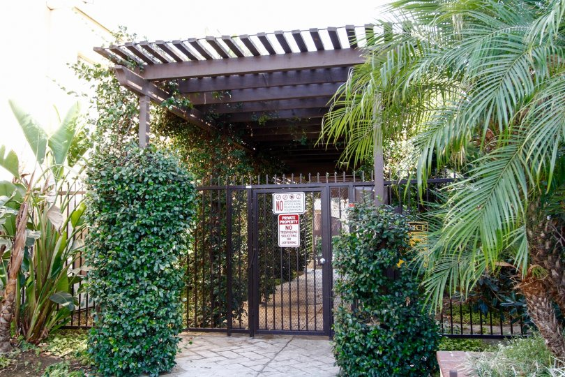 The gate entrance into Tara Village
