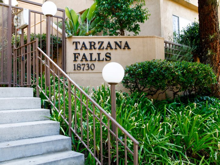 The sign welcoming you to Tarzana Falls in CA California