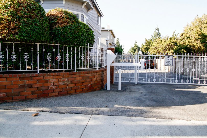 The gate into Windmere Townhomes