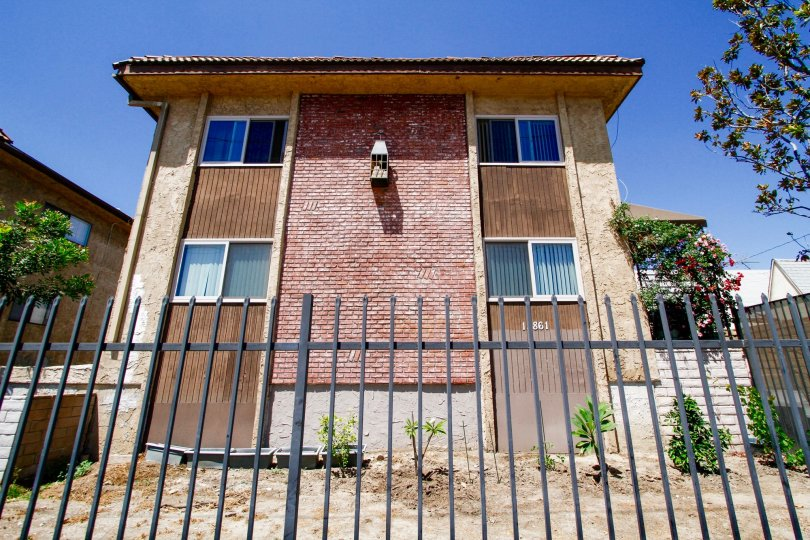 The Ranchito Townhomes building in Van Nuys