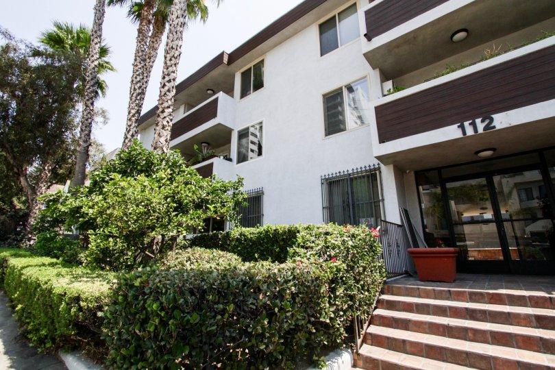 The entrance into 1124 N La Cienega in West Hollywood